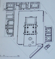 Ottoman-Istambul-mausoleeum-Sulayman-1550-57.JPG