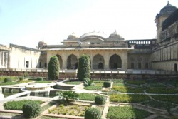 India-Rajasthan-Ambert-Fort-courtyard.jpeg