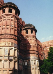 India-Agra-Fort-1.jpeg