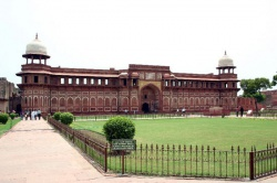 India-Agra-Jahangirimahal.jpeg