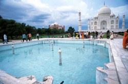 India-Agra-mausoleum (8).jpeg