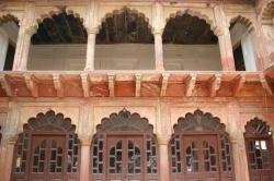 India-Agra-tomb-of-Akhbar3.jpeg