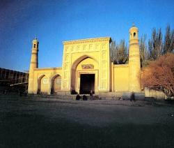 Kashgar_mosque_Id_Kah_1442.jpeg