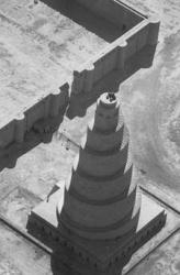 Abbassid_Samarra_minaret.jpeg