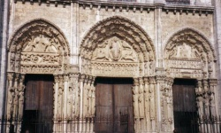 France_Chartres.jpeg