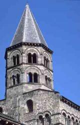France_Clermont_Ferrand_Notre_Dame_du_Port_11th_12th_C.jpeg