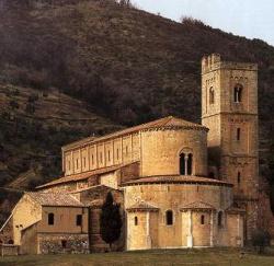 Italy_Sant_Antimo_Toscana.jpeg