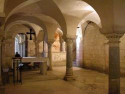 Italy_Trani_Cathedral_1089 (5).jpg
