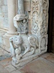 Italy_Trani_Cathedral_1089 (6).jpg