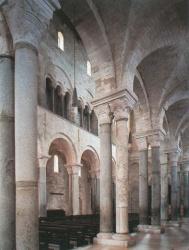 Italy_Trani_Cathedral_1089.jpg